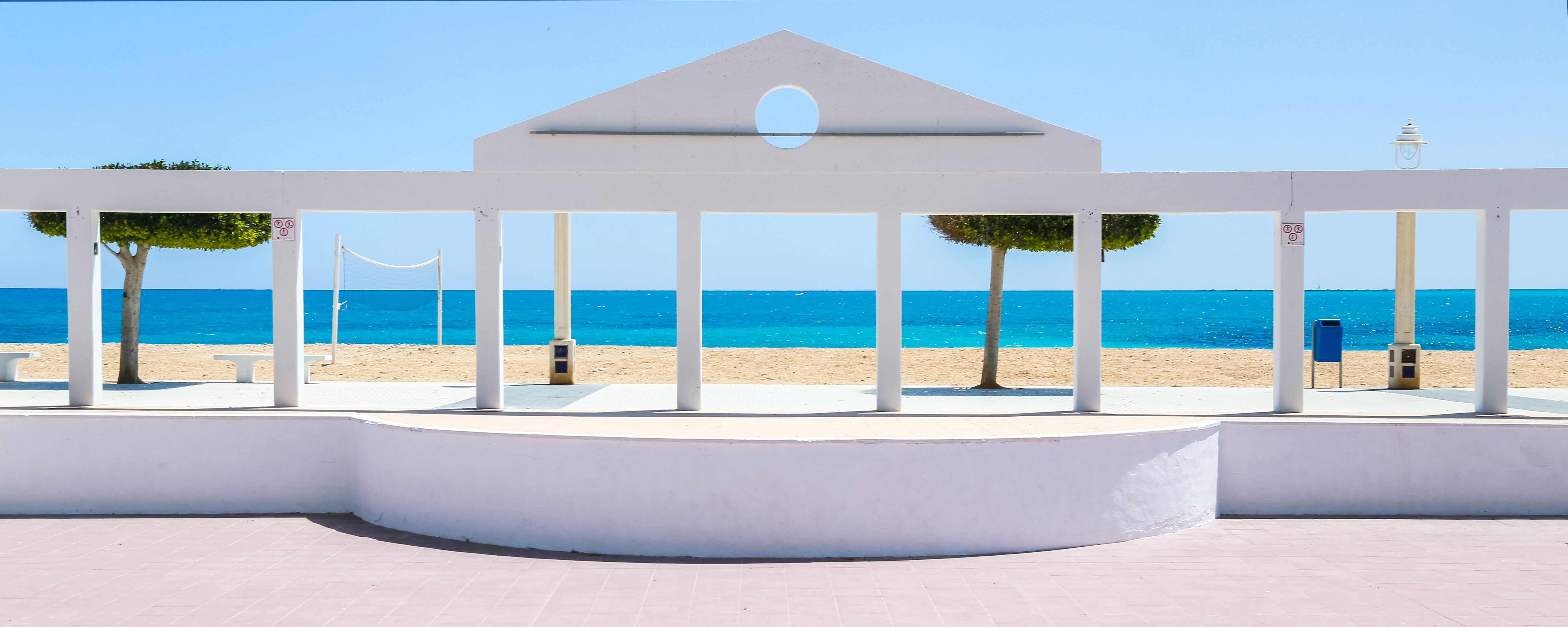 Wie wählt man ein Haus in einer Ferienanlage an der Costa Blanca?