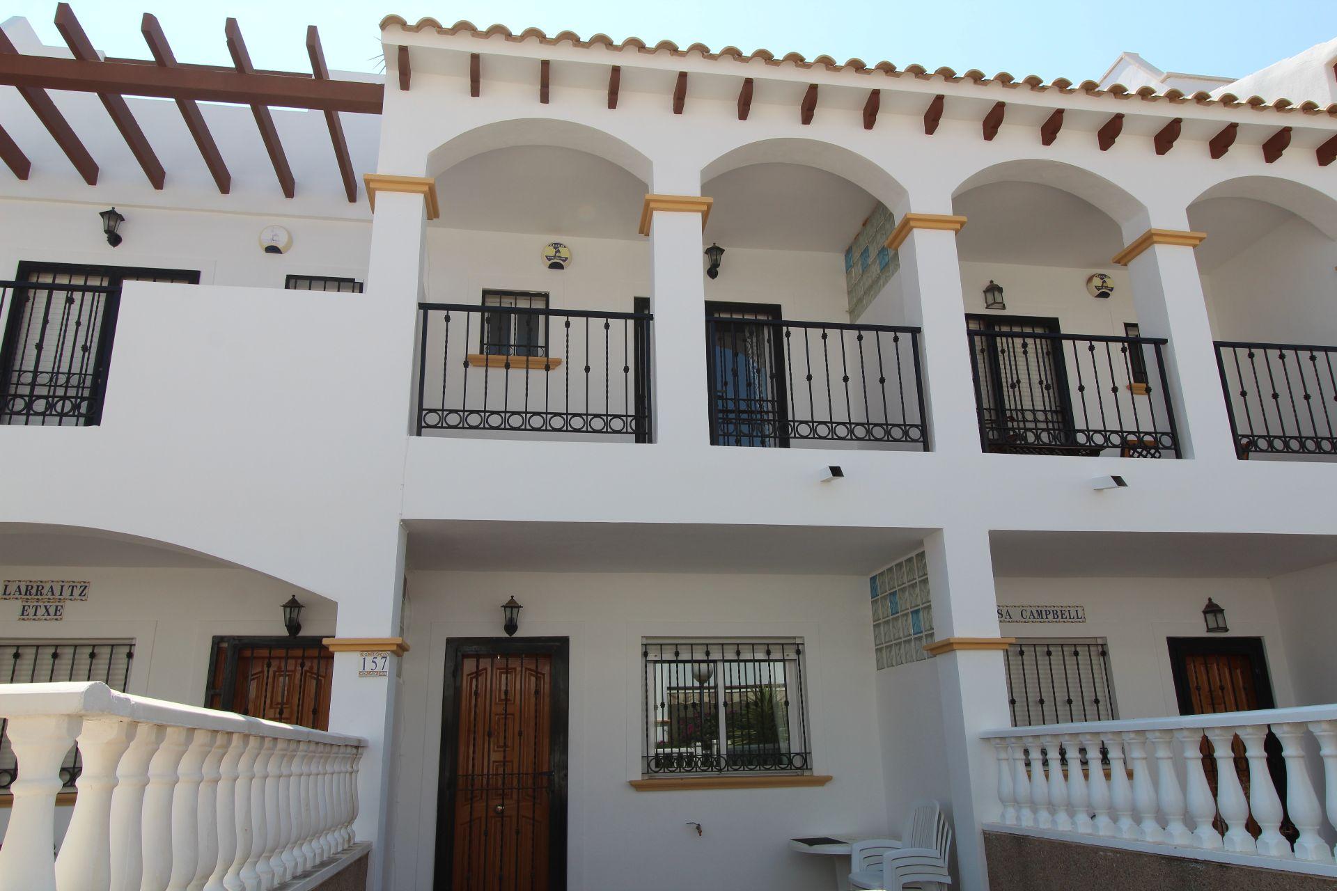 LONG TERM RENTAL - 2 Bed 2 Bath Townhouse in Punta Prima 500€ per Month plus Bills CPR2044