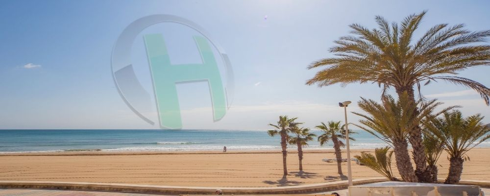 4 Top Places Where You Can Buy Holiday Homes in Spain