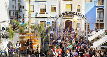 attractions to eat when looking for property for sale in denia
